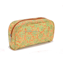 Guangzhou factory custom made cork cosmetic makeup bag,hot new printed large capacity cork pen bag,stylish modern cork pouch