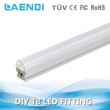 Alibaba new products T8 IP44 AC100-277V 5500K 6500K led tube light t8