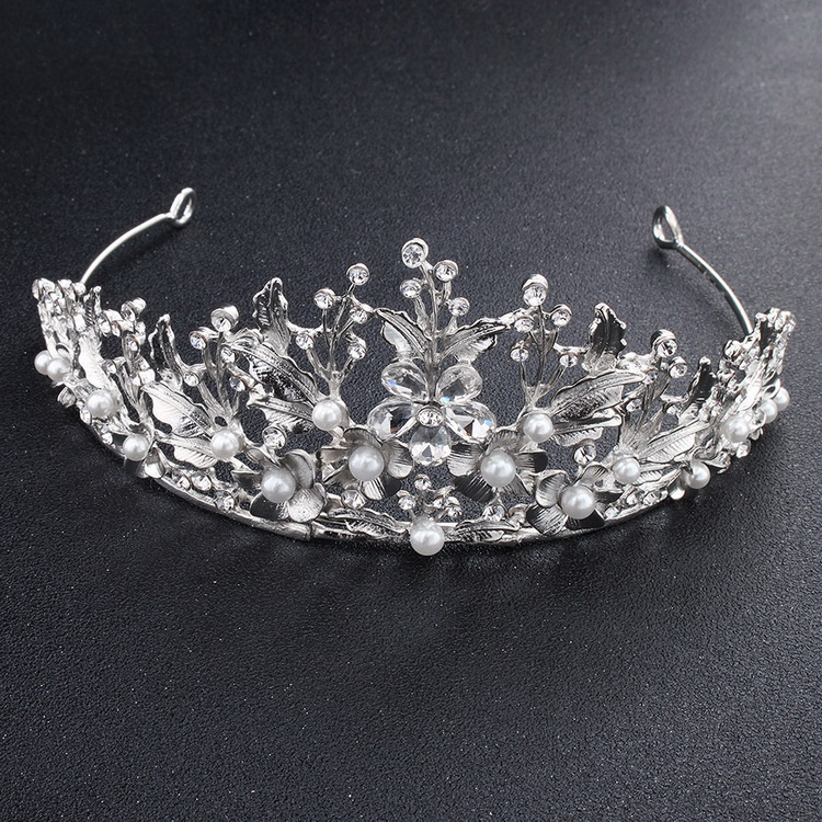 Silver color crystal flower wedding <strong>crown</strong> bride <strong>crowns</strong> baroque <strong>crowns</strong> wedding hair accessories