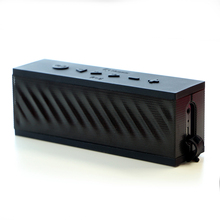 Attractive Design Low Price Bluetooth Speakers with OEM Customized