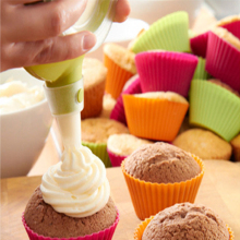 Flexble and eco-friendly cupcake container silicone bakeware tools