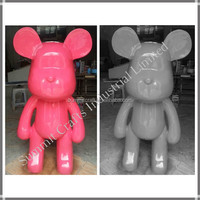 Custom frp sculpture fashion cartoon sculpture making bear sculpture