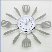 Newest High Quality & Luxury Metal Kitchen Wall Clock With Spoon And Fork