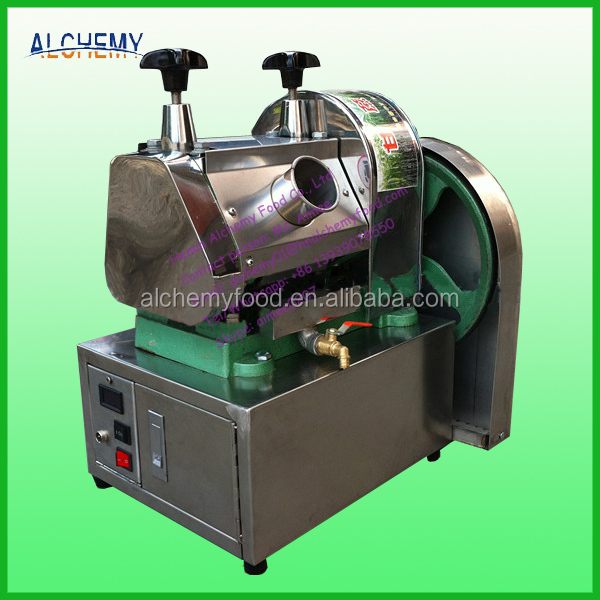 Electric sugar cane juicer machine with battery