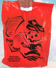 Die cut handle orange halloween plastic bags with officer