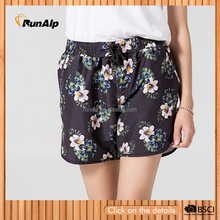 Women's beach short with flower print