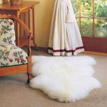 OEM Factory Real Fur Shaped Carpet Sheep Skin Rug white fur rug
