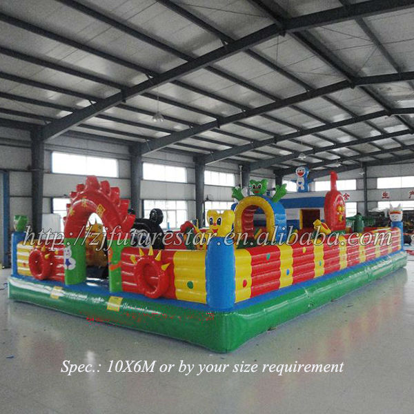 Interesting PVC tarpaulin pet-animal inflatable bounce castle