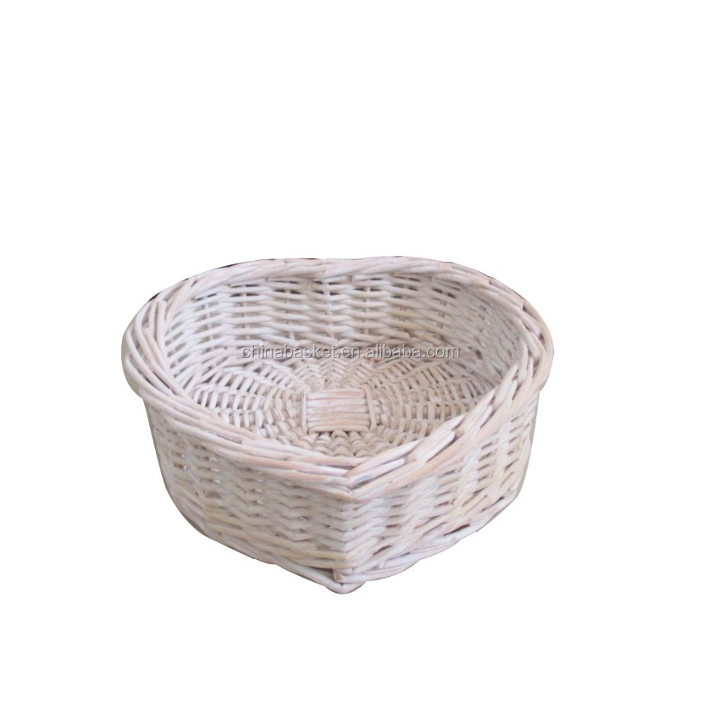 heart wilow basket