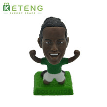 Custom vinyl delicate miniature soccer player football action figure