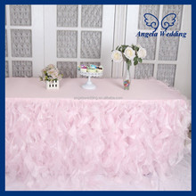 CL010G Hot sale elegant organza 6ft rectangle ruffled curly willow frilly fancy wedding light pink table cloths
