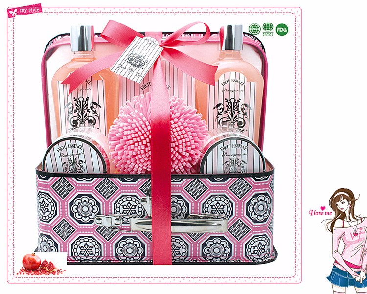 Promotional Attractive Bath Gift Sets In Pvc Bag for Girls