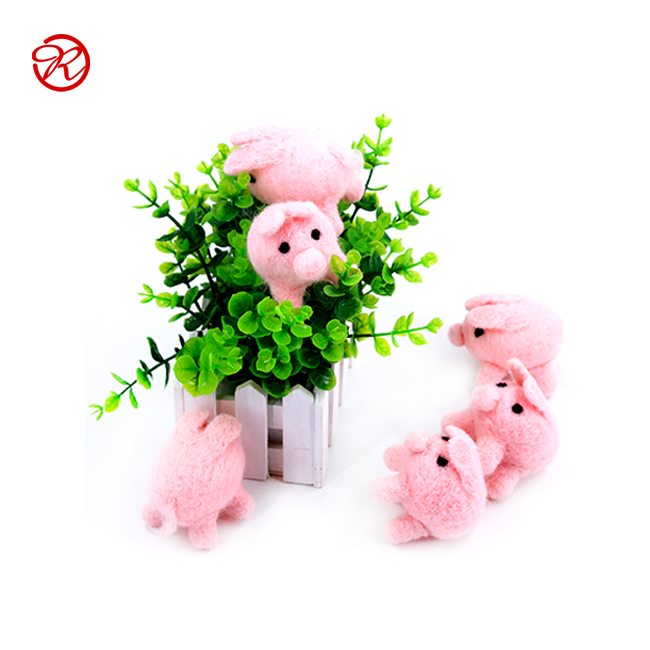 Passed CE High Quality Handicraft Cute 100% Wool Felt Animals for Toy