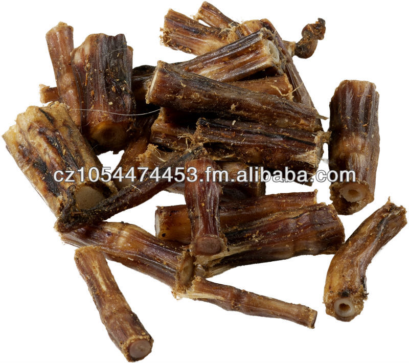 Dry beef tail pieces for dogs