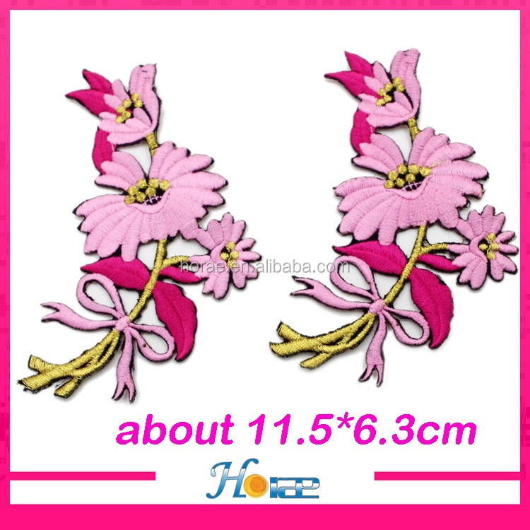 2017 hotselling flower embroidery patches iron on patch for garment