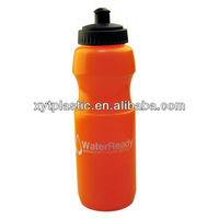 2013 Plastic sport water bottle with custom branding