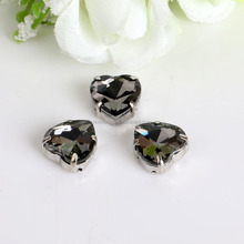 high quality bling bling fancy sweet heart shape pointback black diamond color crystal rhinestones for stitching clothing