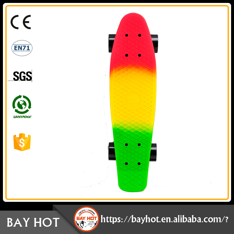 Out door sports Fashionable plastic skateboard brands twist