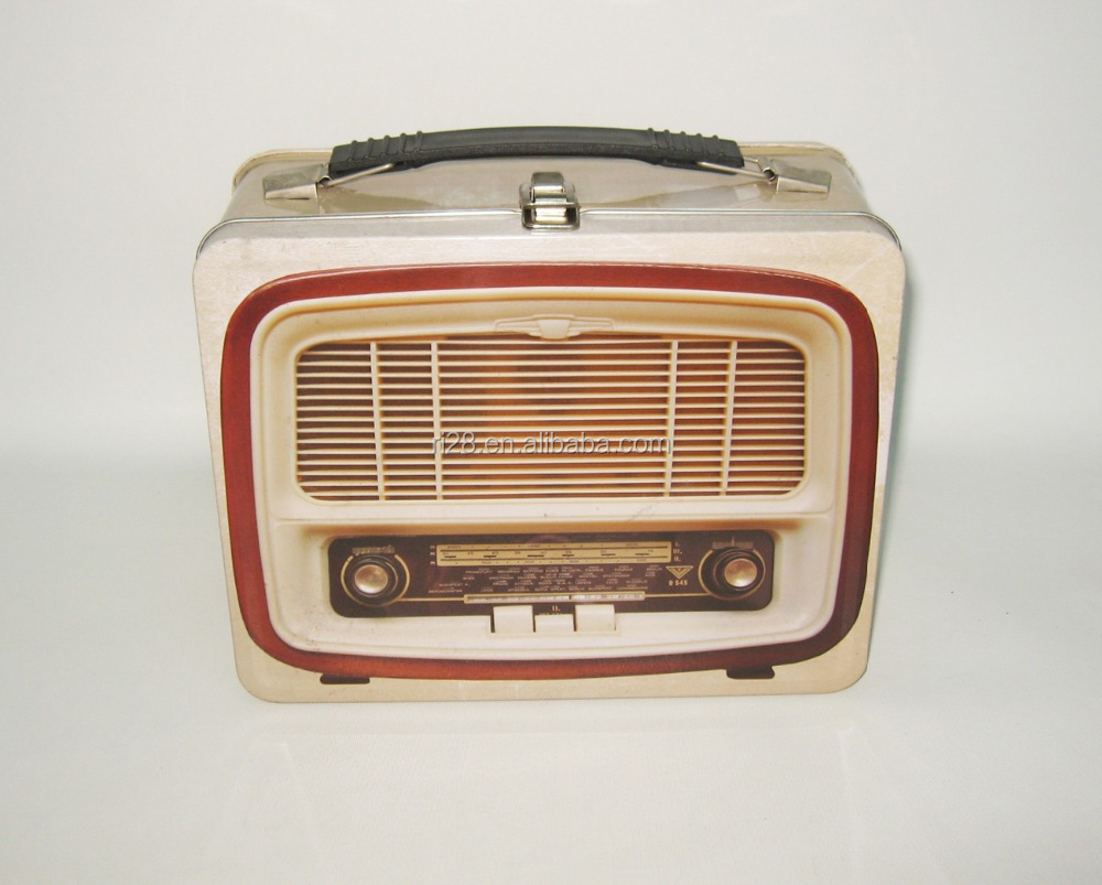 Retro radio tin lunch box with latch