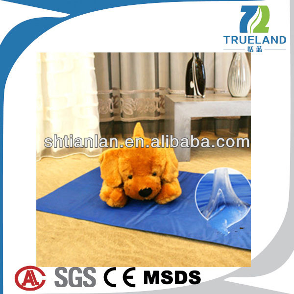 China manufacturer water resistant dog bed dog mat for back seat beautiful dog cooling bed mat wholesale