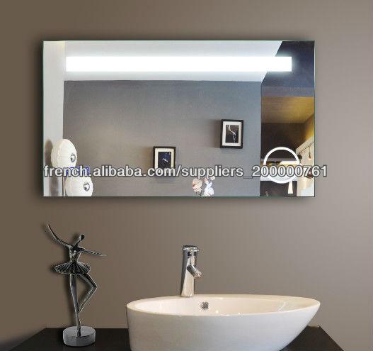 qualit de l 39 clairage miroir salle de bain avec grande horloge image mirroir de salle de bain. Black Bedroom Furniture Sets. Home Design Ideas