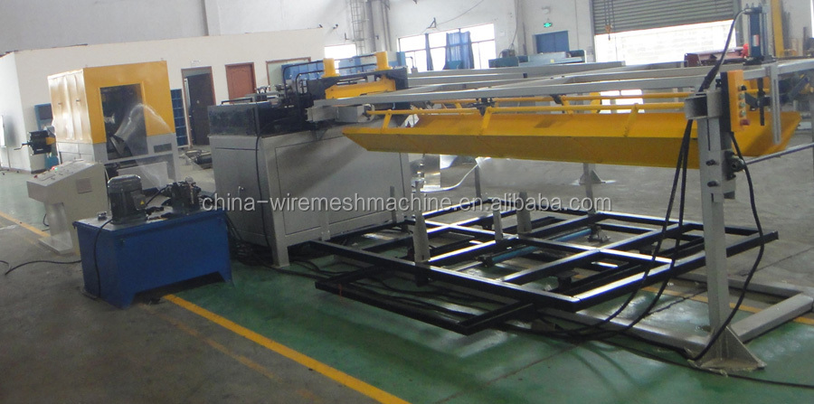 Expanded metal lath machine