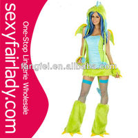 Hot lady show green lizard cosplay costume