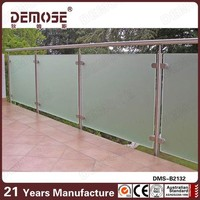 verandah exterior glass panel fencing