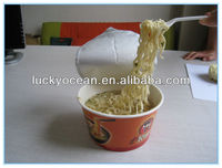 beef flavour bowl Instant noodles soak by hot water