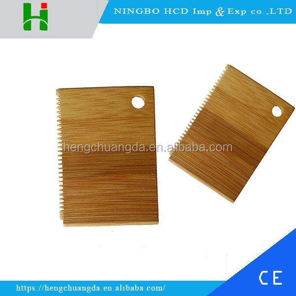 2016 High sale custom bamboo surf wax comb in surfing China supplier