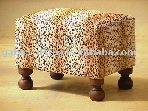 O SQUARE ANIMAL COVER OTTOMAN