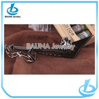 New product gun black plating pendant fashion knife keychain in yiwu