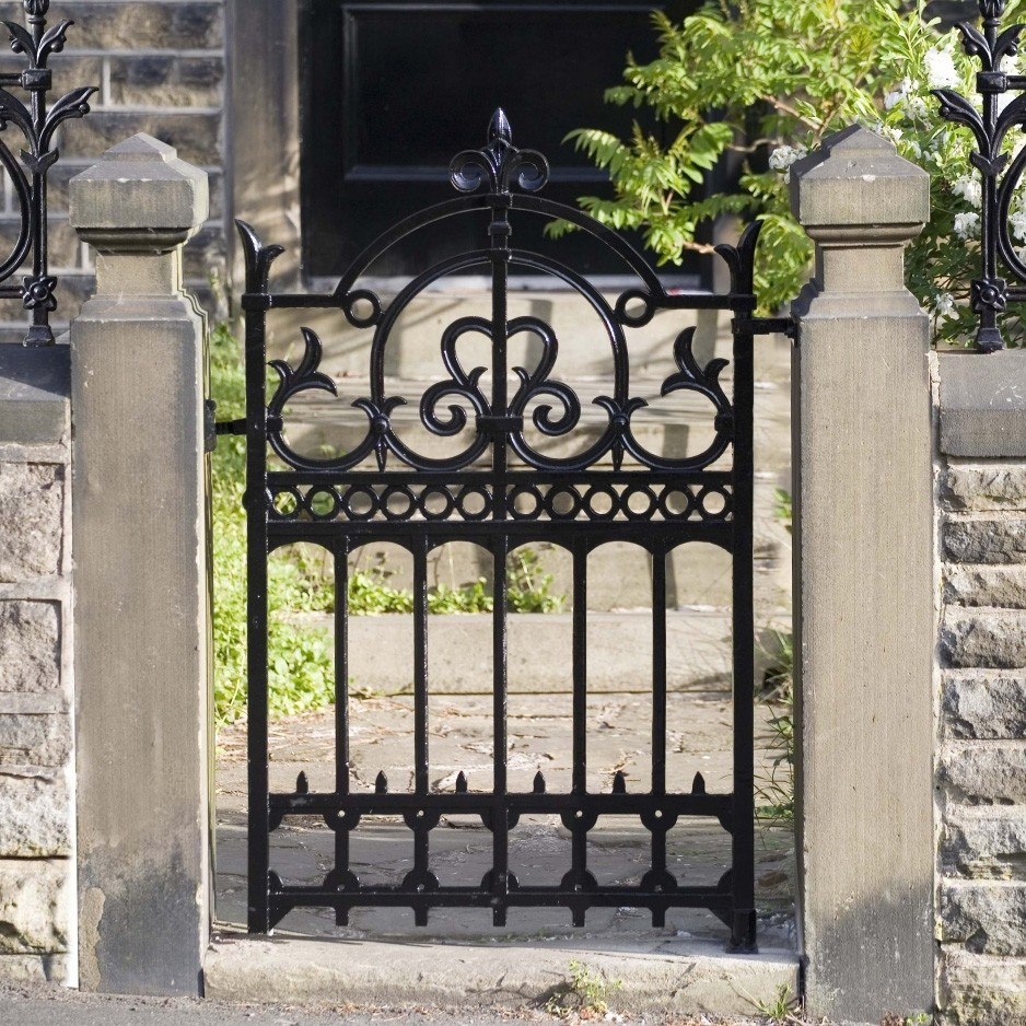 European style architectural wrought iron cast