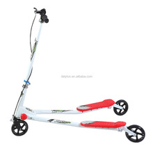Adult Age rider kick three wheel electric scooter for adult