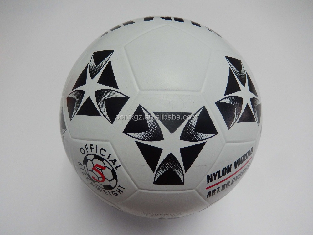 Normal size smooth rubber made soccer balls / footballs
