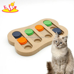 Wholesale top fashion interactive wooden puzzle feeder toy for colorful W06F067