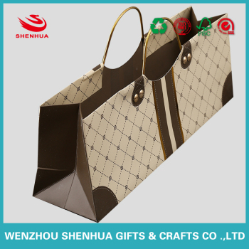 high quality and strong gift shopping packaging paper board bag