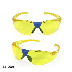 beb063e9527 Safety Works Flexible Temple Yellow Anti-fog Safety Glasses