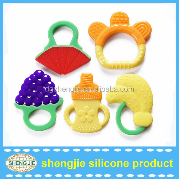 2017 Hot sales food grade and bpa free silicone baby teething teether toys