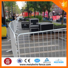 alibaba hot sale metal used crowd control barrier/safety road warning