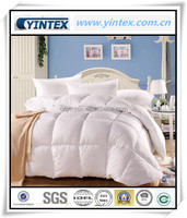Deluxe Cotton/Polyester Fabric Hollow Fiber Comforter