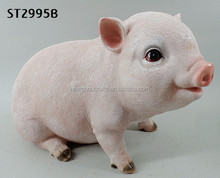 Sitting Pig Garden Ornament Polyresin Farm Animal Outdoor Statue