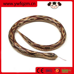 China wholesale snake wood,handmade wooden toy snake,lifelike cobra snake toy