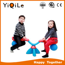 2017 durable plastic rocking horse for children hot daycare indoor play