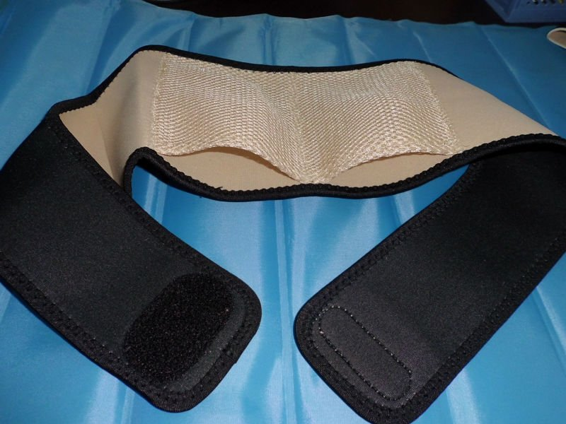 pouch neoprene lumbar support belt for heating pad