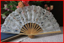 White color wedding lace hand fan