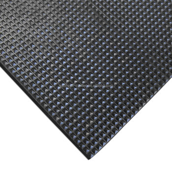 Best Quality 2.8-10mmx 1m x 10m Anti slip Pyramid Rubber Matting With A Grade