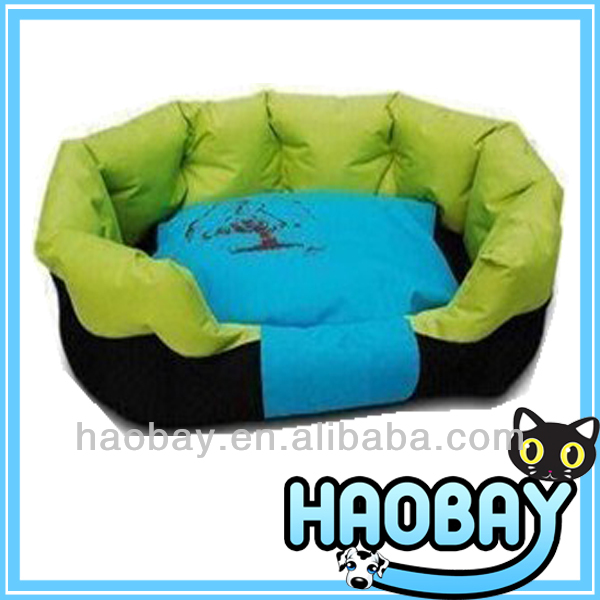 Spring Style Polyester Beautiful Decorative Dog Bed