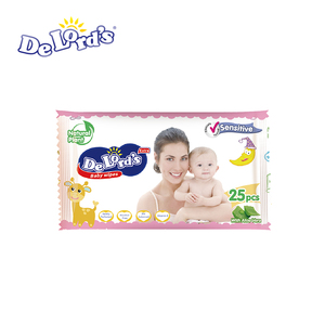 Baby Wet Wipe Cleanning Wet Wipe Without Alcohol OEM Provided