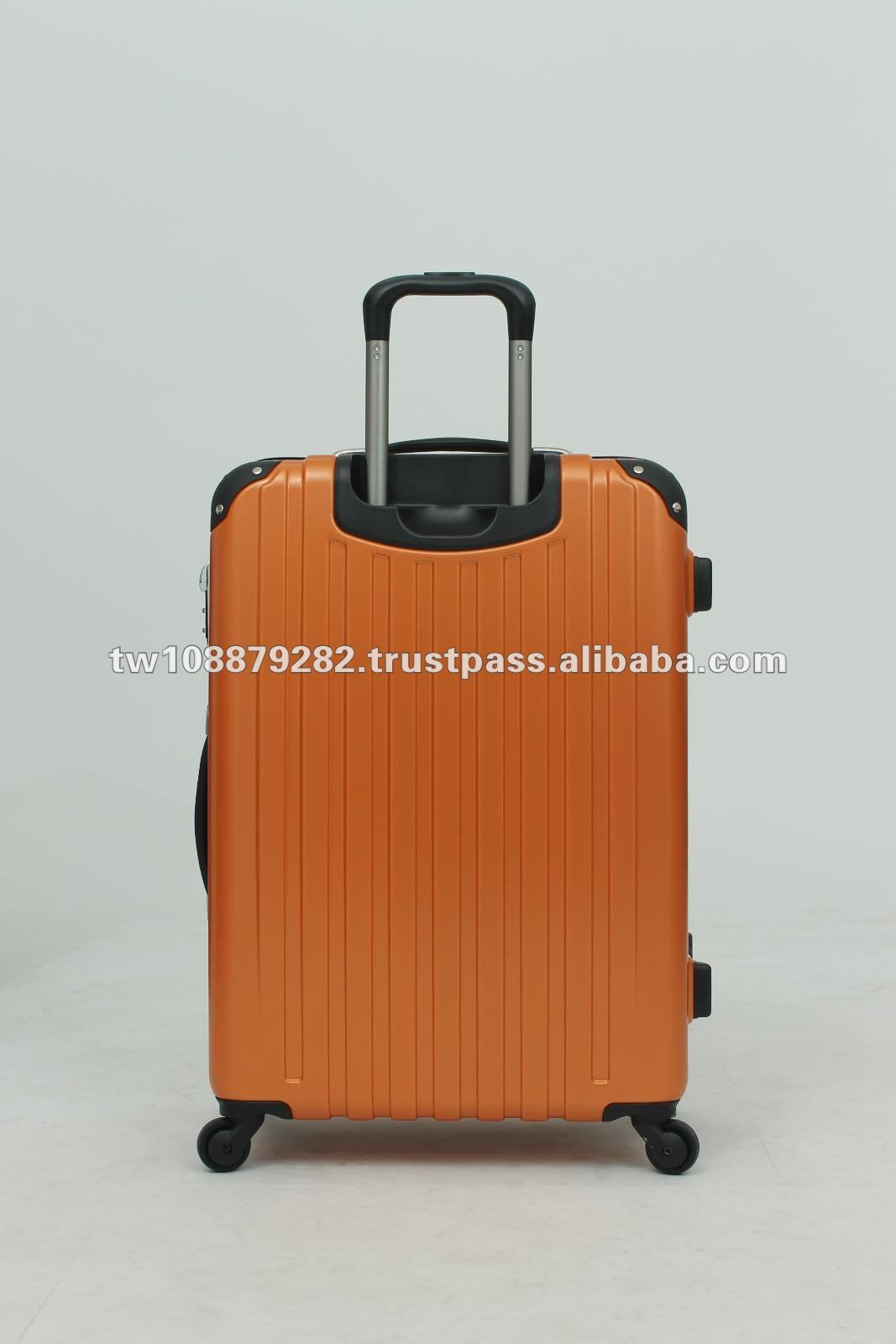 Aluminum Frame Hard Suitcase100% PC Trolley Case